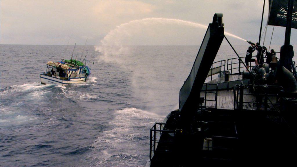 Ocean Warrior blasting a pirate fishing boat